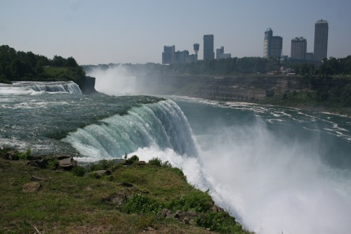Westfield til Owego: Niagara Falls